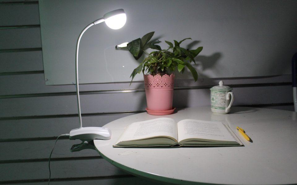 come studiare di notte senza addormentarsi